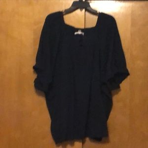 Roaman's 3X navy short sleeve blouse